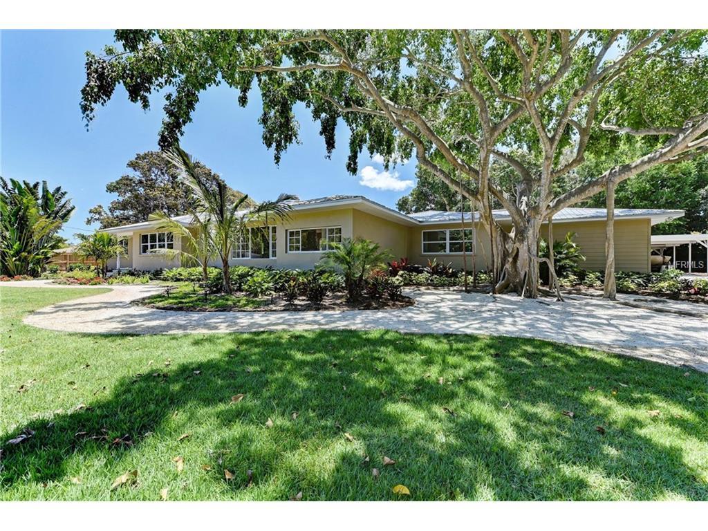 5911 Shore Acres Drive, Bradenton, FL 34209