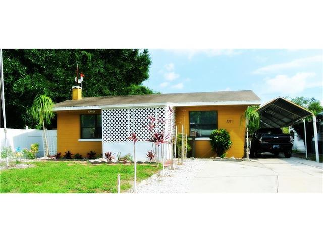 2221 14th Ave Bradenton, FL 34205