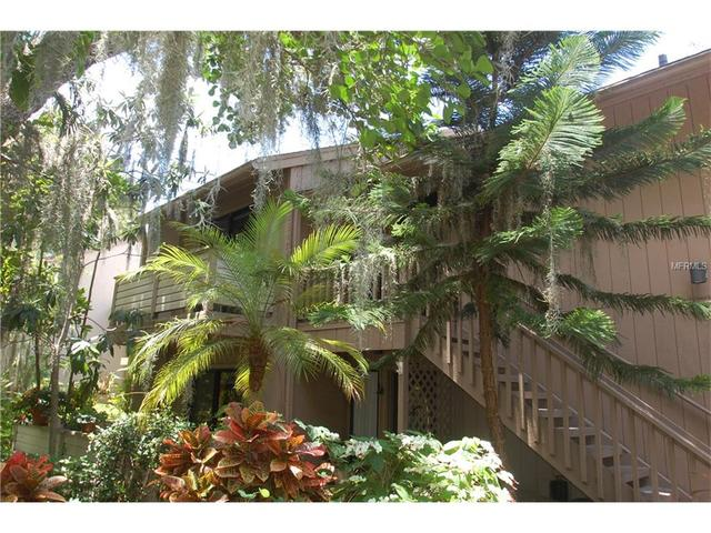 1667 Brookhouse Cir Apt Br 227 Cir #BR 227, Sarasota, FL 34231