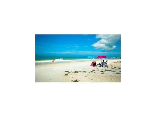 3013 Avenue F #D2, Holmes Beach, FL 34217