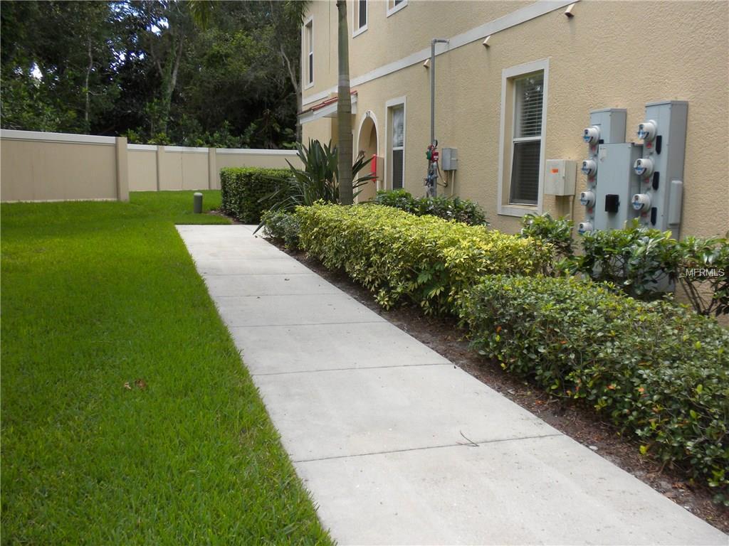 3635 Parkridge Circle #10-101, Sarasota, FL 34243