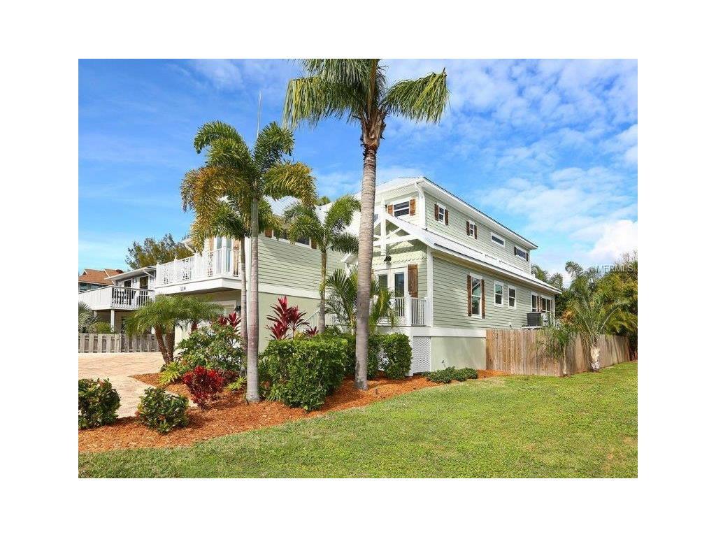119 Neptune Lane, Holmes Beach, FL 34217