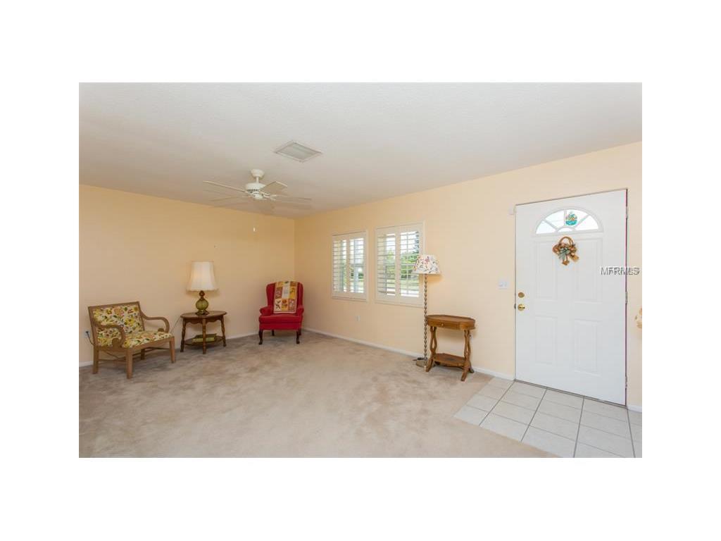 2444 Yorkshire Drive, Sarasota, FL 34231