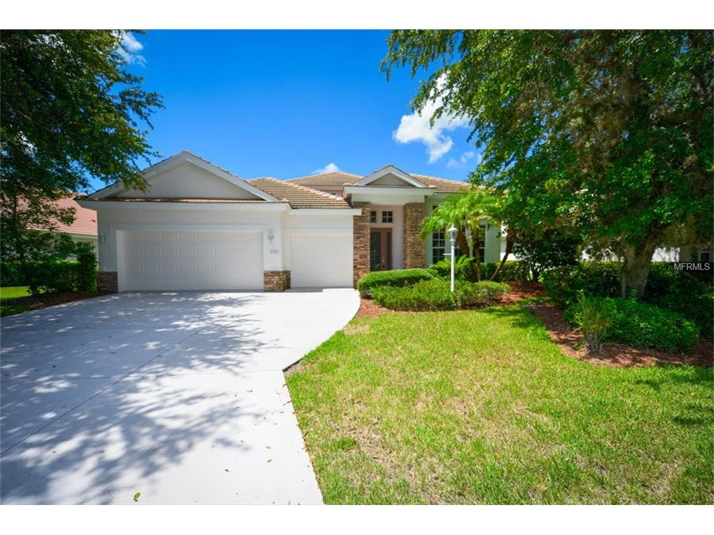 8467 Sailing Loop, Lakewood Ranch, FL 34202
