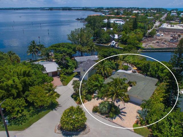 511 56th St, Holmes Beach, FL 34217