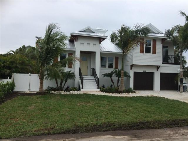 311 62nd St, Holmes Beach, FL 34217