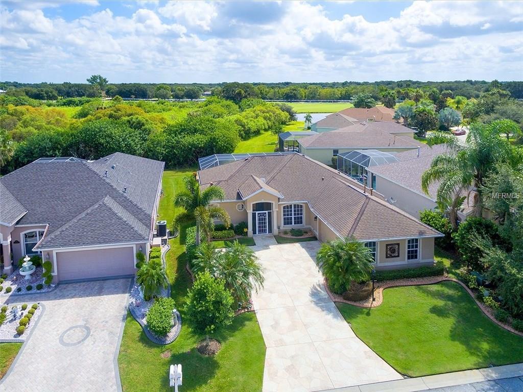 10430 Old Grove Cir, Bradenton, FL 34212