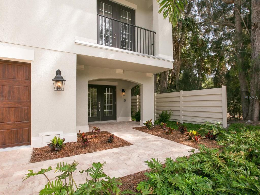 4953 Commonwealth Drive, Sarasota, FL 34242