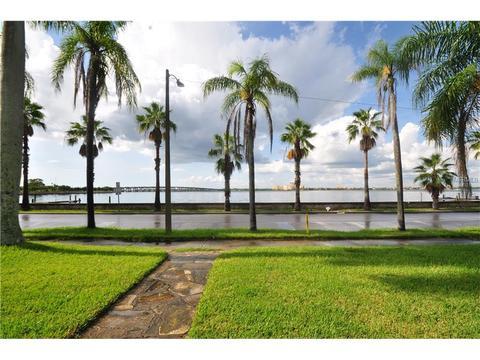 410 Riverside Dr E #A, Bradenton, FL 34208
