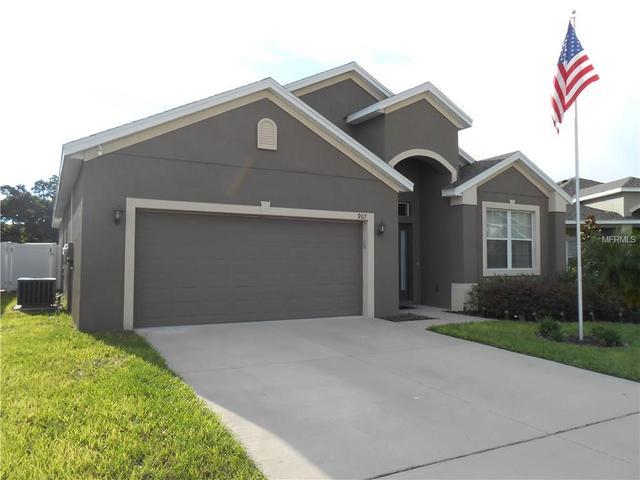 967 Krenson Woods Rd, Lakeland, FL 33813