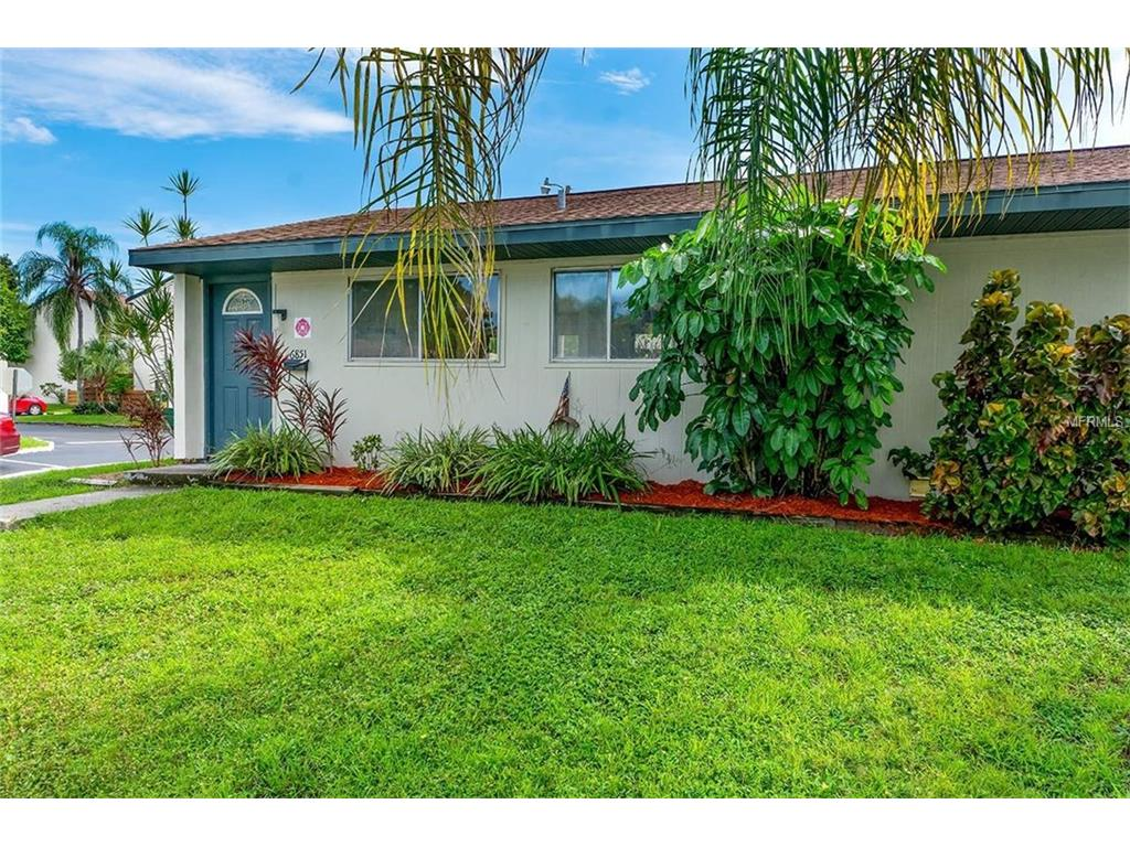 6851 Whitman Court, Sarasota, FL 34243