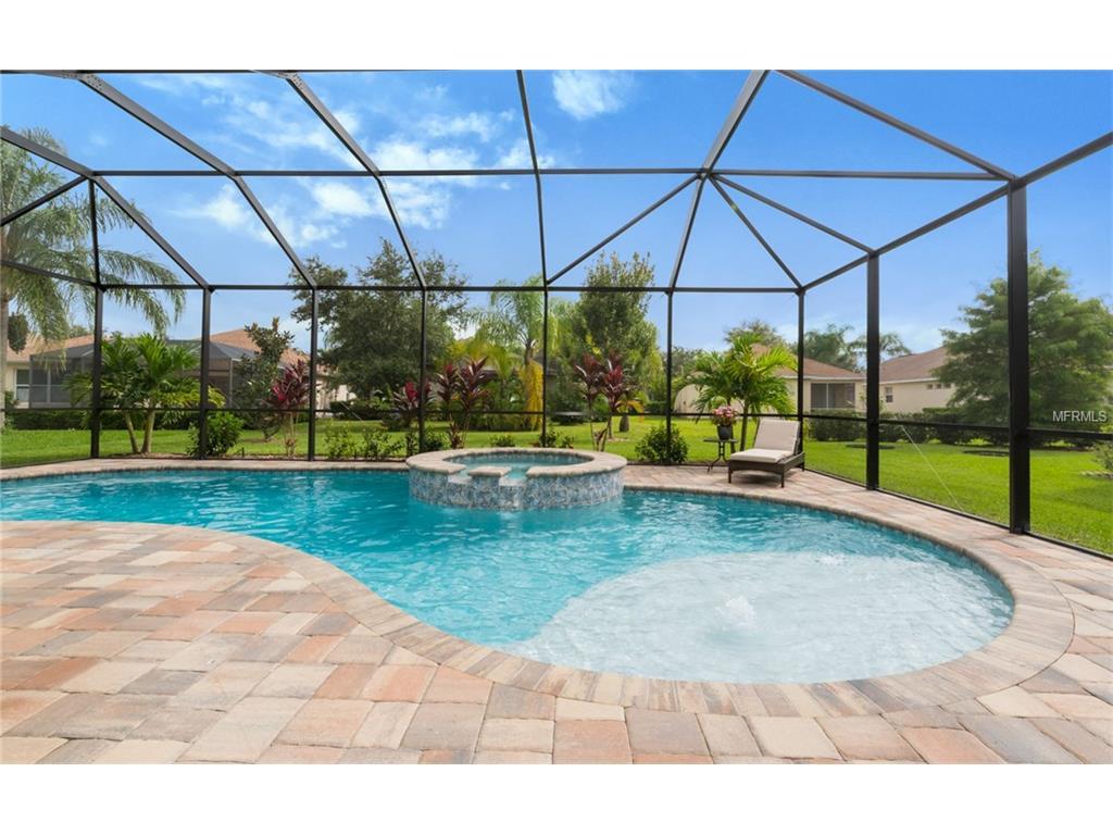 6445 Blue Grosbeak Circle, Lakewood Ranch, FL 34202