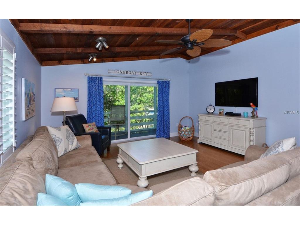 625 Norton Street, Longboat Key, FL 34228