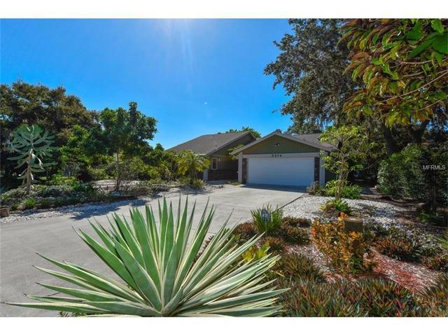 2374 James Ln, Sarasota, FL 34231