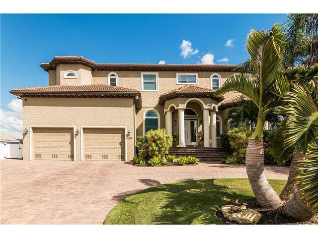 3811 Royal Palm Dr, Bradenton, FL 34210