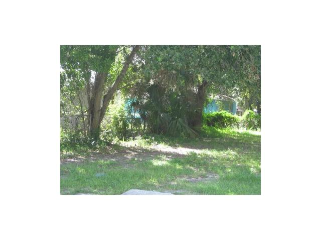 1214 7th St W, Bradenton, FL 34205