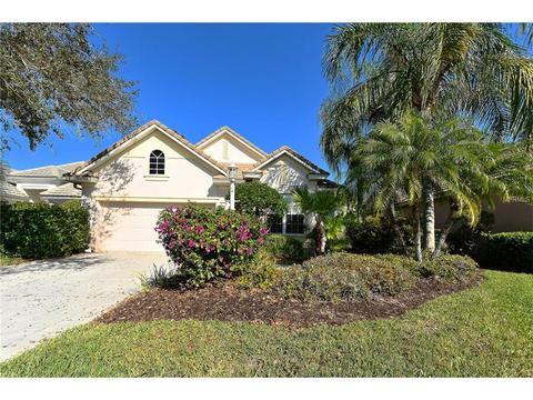 6647 Oakland Hills Dr, Lakewood Ranch, FL 34202