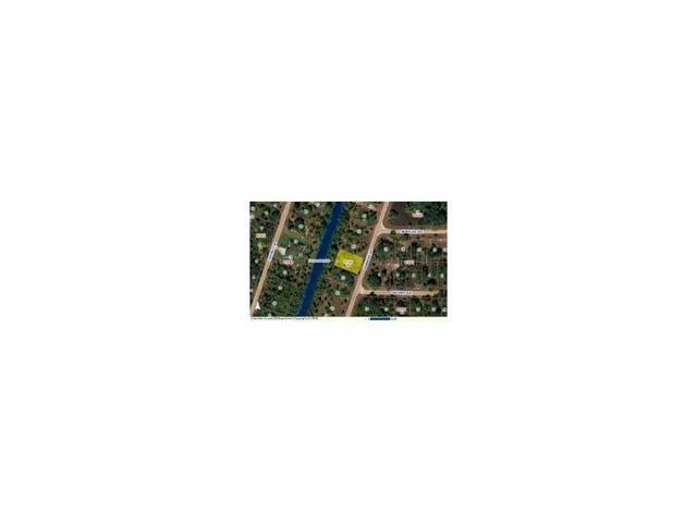 425 Pembroke Dr, Port Charlotte, FL 33954