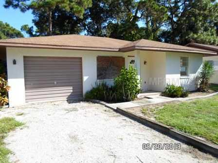 1560 Virginia Ln, Englewood, FL 34223