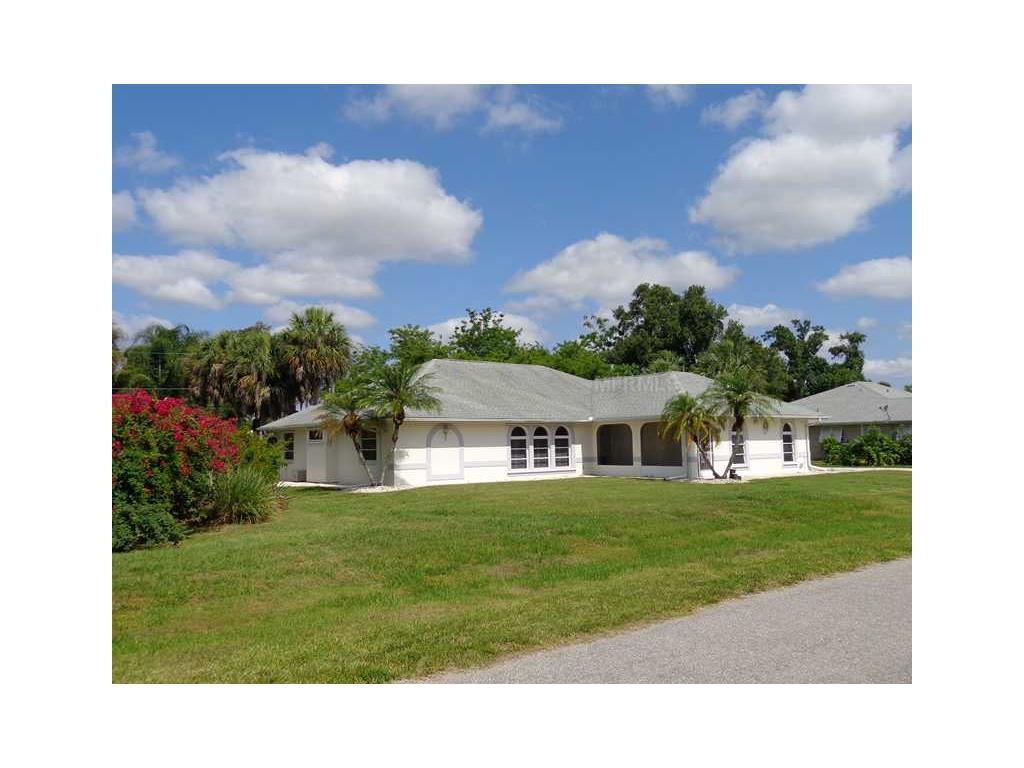 135 Compton St, Port Charlotte, FL