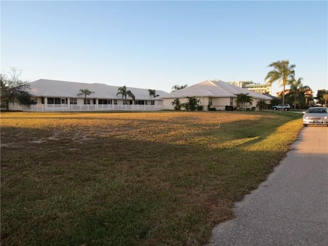 215 Lewis Cir, Punta Gorda, FL 33950