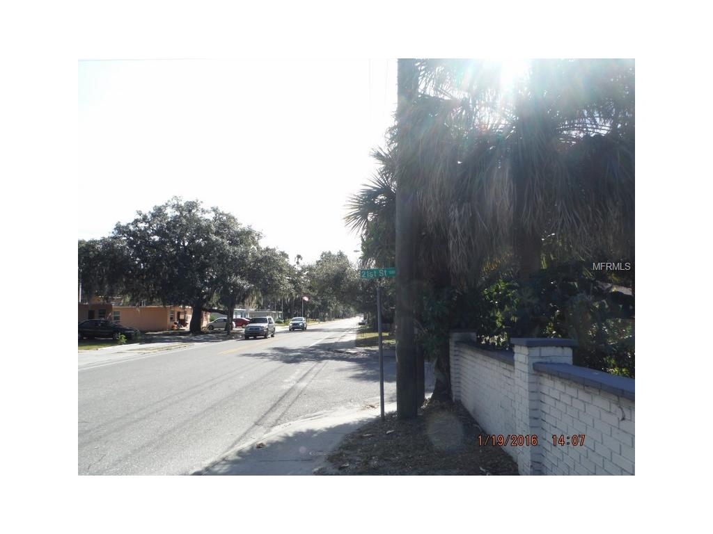 2115 N Orange Ave, Sarasota, FL