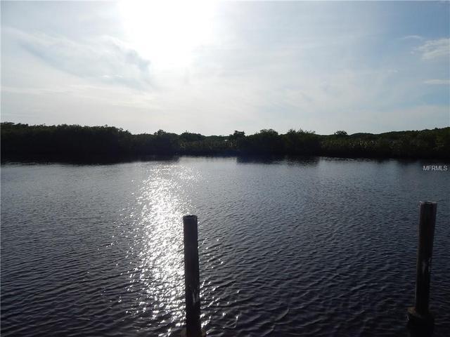 6600 Cove Island Ct, Punta Gorda, FL 33982