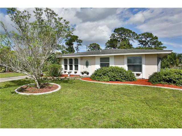 437 Skylark Ln NW, Port Charlotte, FL 33952