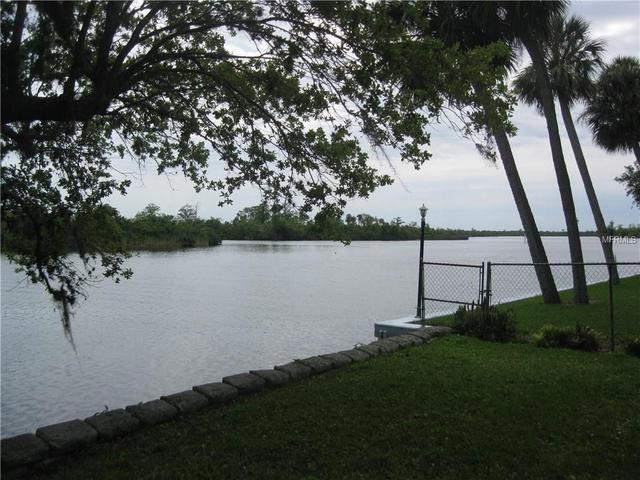 9628 Yacht Dr, Lake Suzy, FL 34269