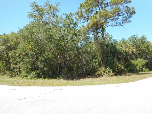 17143 Geoffrey Ave, Port Charlotte, FL 33948