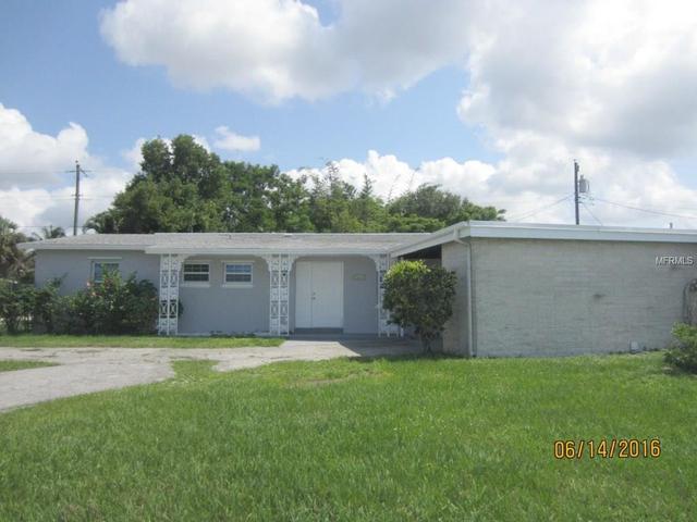 21612 Edgewater Dr, Port Charlotte, FL 33952