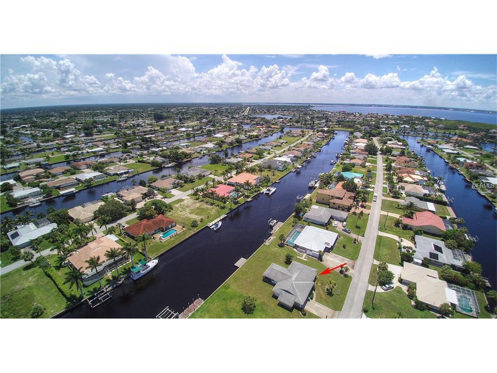 110 Sinclair Street SE, Port Charlotte, FL 33952