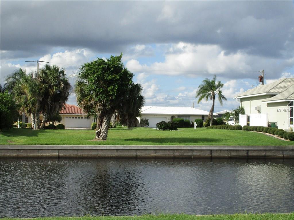 2065 Viaduct Esplanade, Punta Gorda, FL 33950