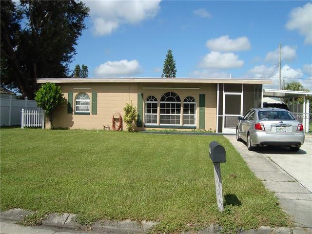 820 Palmetto Dr NE, Port Charlotte, FL 33952