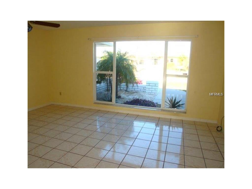 127 Leland Street SW, Port Charlotte, FL 33952