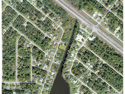 410 Lomond Dr, Port Charlotte, FL 33953