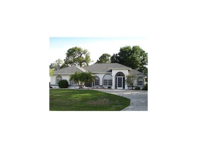 692 Rotonda Cir, Rotonda West, FL 33947