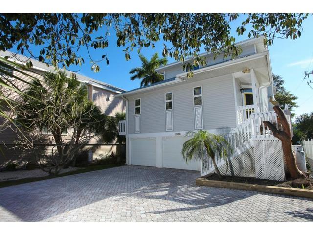 1870 18 St, Boca Grande, FL 33921