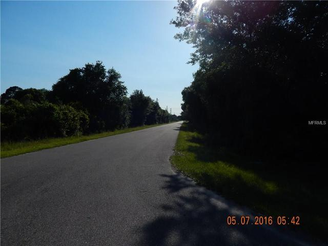 Loxley Ave, North Port, FL 34291