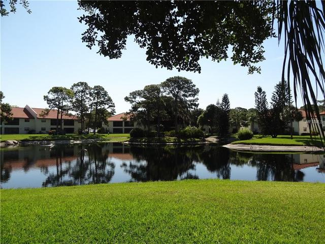 314 Pine Hollow Cir #APT 314, Englewood, FL