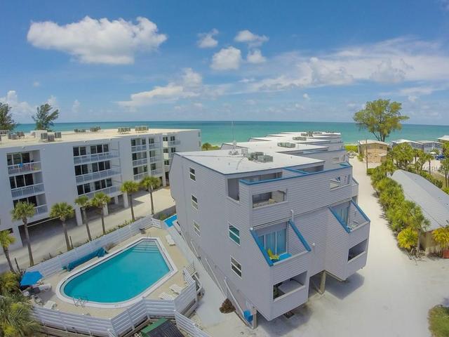 2400 N Beach Rd #14, Englewood, FL 34223