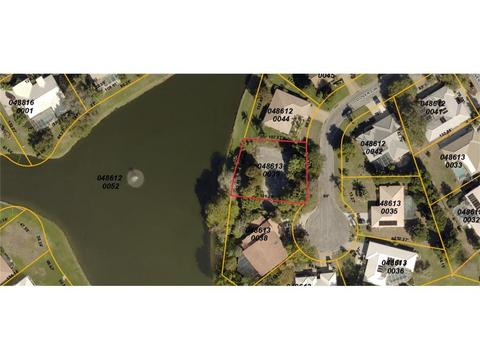 Dover Circle, Englewood, FL 34223