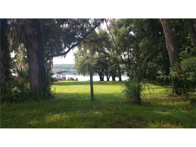 Lake Iola Road, Dade City, FL 33523