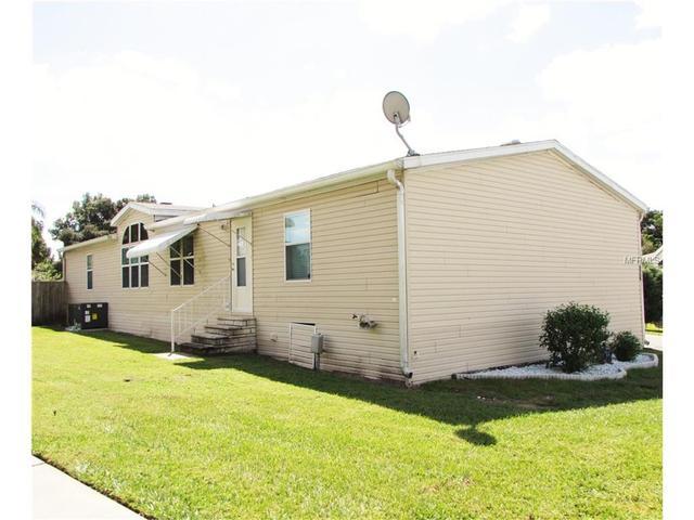 6006 Ridgeway Dr, Zephyrhills, FL 33542