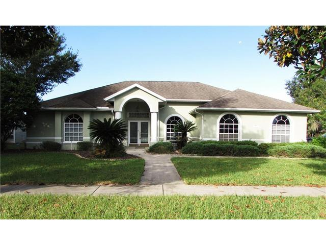 6319 Silver Oaks Dr, Zephyrhills, FL 33542