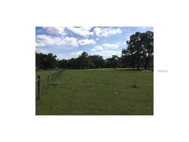 18330 Wiscon Rd, Brooksville, FL 34601