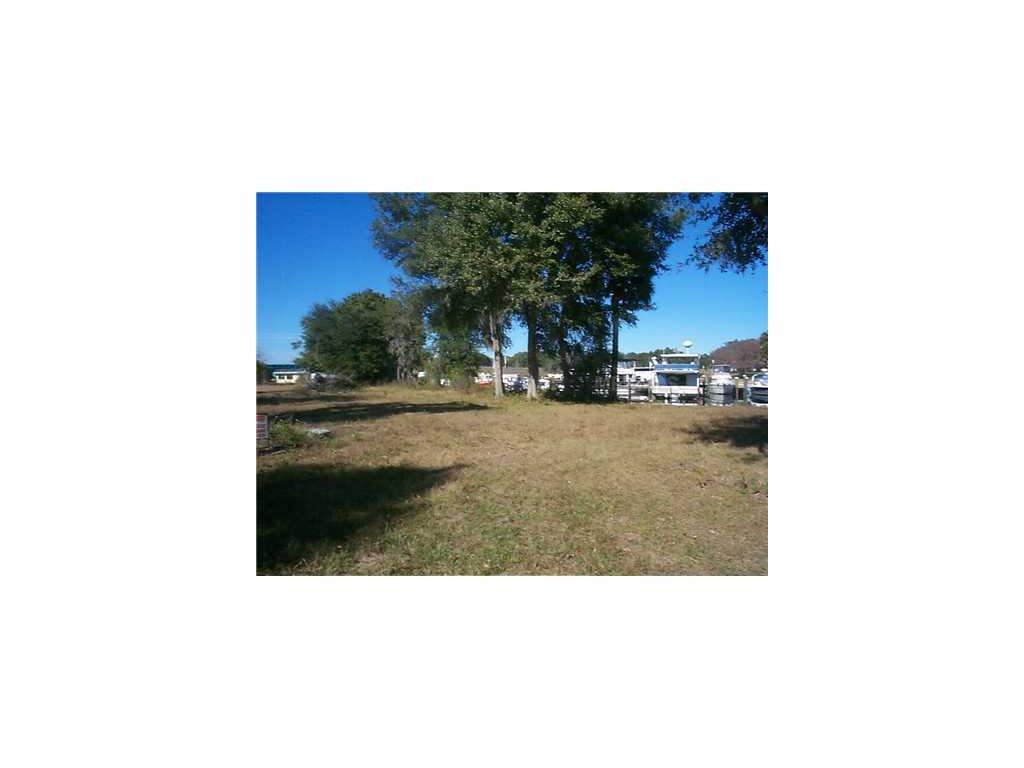 1564 Riveredge Court, Astor, FL 32102