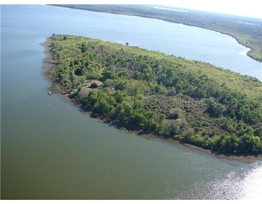 6001 Bird Island Dr, Lady Lake FL 32159