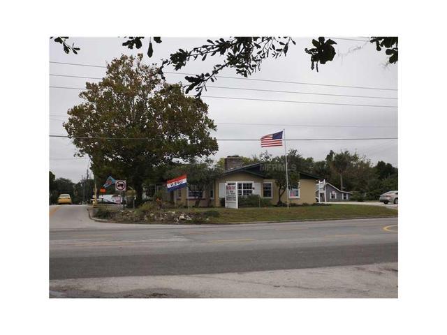 4019 Lake Saunders Dr N Hwy 19 A, Mount Dora, FL 32757
