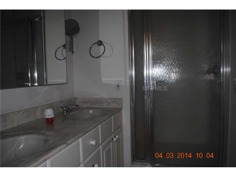 818 Ramos Dr, Lady Lake FL 32159